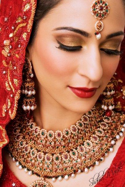 Beautiful Bridal Makeup : Pakistani Bridal Makup 2011-12 Beautiful Makeup Faces ...
